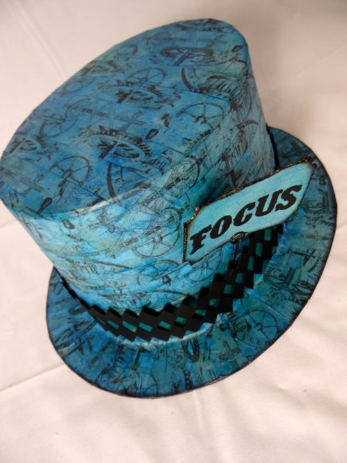 Focushat3